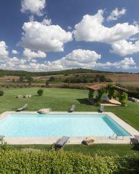 Casa dei Campi holiday villa with swimming pool Near Capalbio