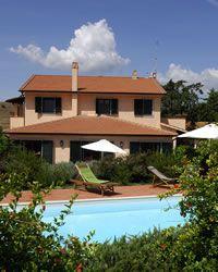 Cavallini holiday villa with swimming pool Near Manciano